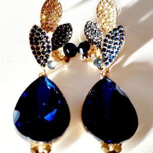 Crystal rhinestone pave leaf teardrop earrings